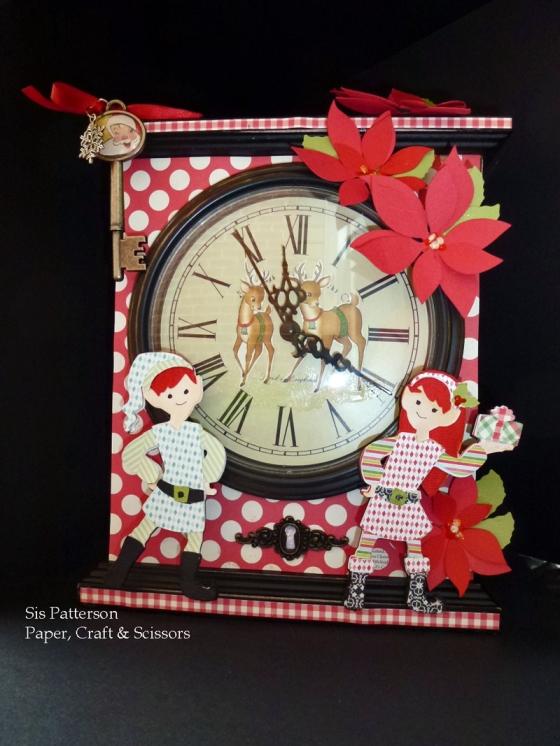 Cricut-Christmas-Clock